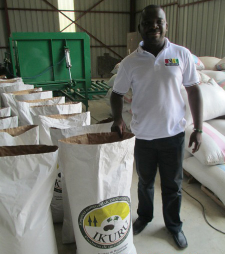 Natalino Barnete, Coordenador da Delegaqao Norte, AMPCM, in the IKURU warehouse. He heads AMPCM and assists farmers to create and manage groups, associations, and cooperatives.